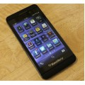 Black 2.8-inch single-card dual-mode phone Blackberry z10